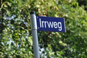 """Straßenschild """"Irrweg"""", Marmsdorf"""